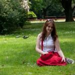 Катя и газон 4